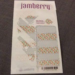 Jamberry Nail Wraps Peaches & Cream